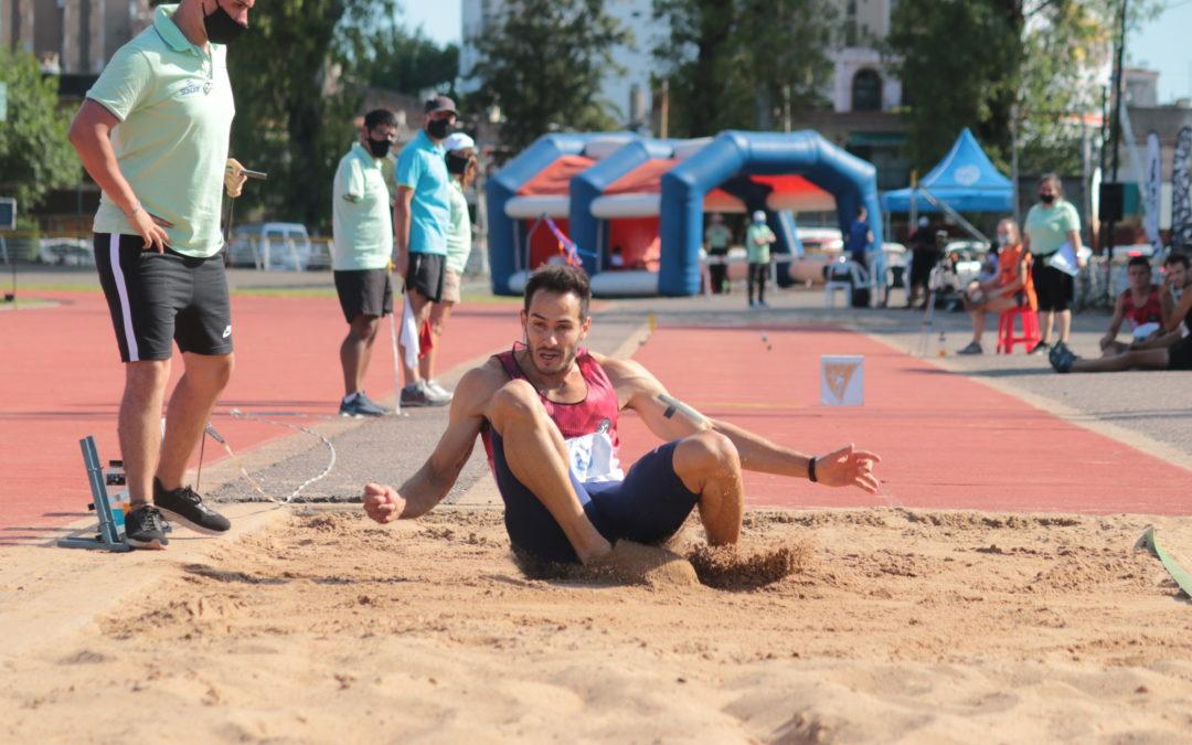 Décimo título de Maxi Díaz en salto triple